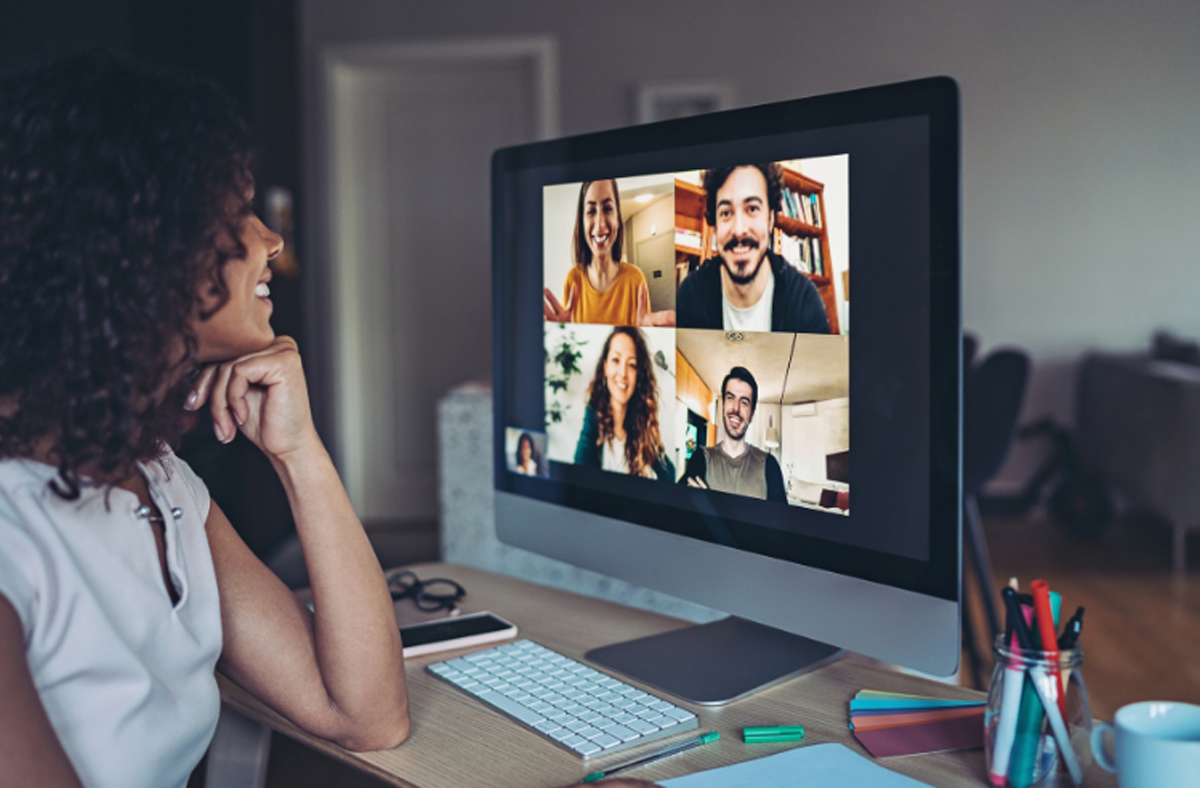 virtual team working online